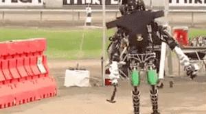 走直线很难吗?陀螺仪表示,少了它机器人连直线都走不了