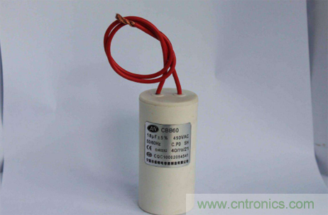 简析电容器的特性与功能