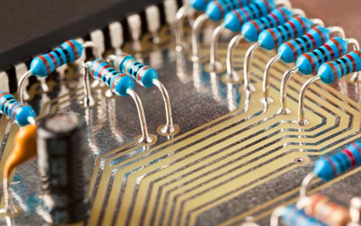 如何根据电路的特点选用电阻器