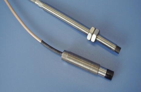 振动传感器测量振动的方式及故障排除