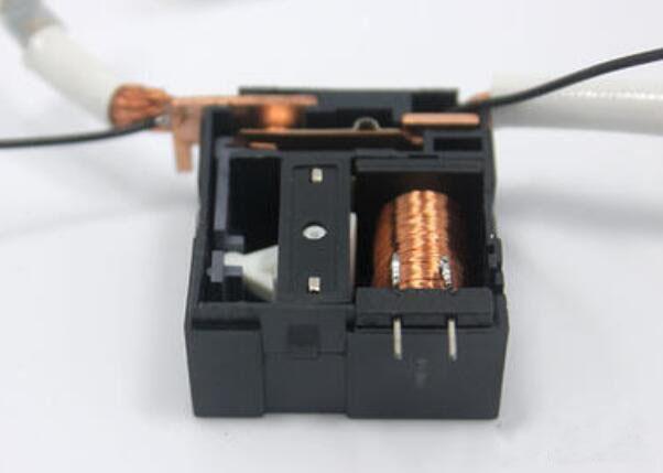 磁保持继电器选用和作用说明