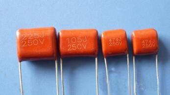 聚酯电容的优缺点和参数