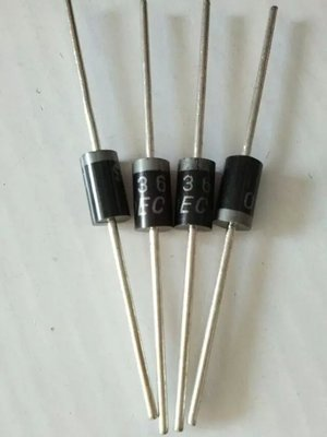 电路板为何加肖特基二极管