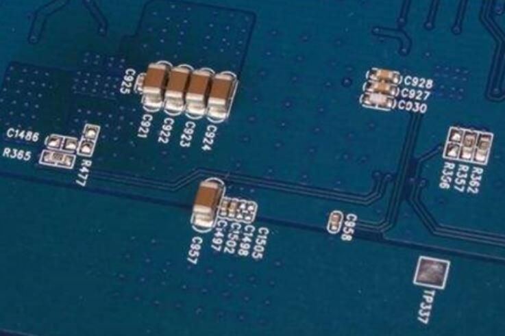高压贴片电容作用以及其不同材质间都有哪些区别