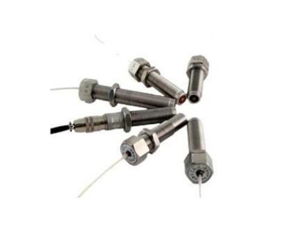 变磁阻式传感器组成和工作原理
