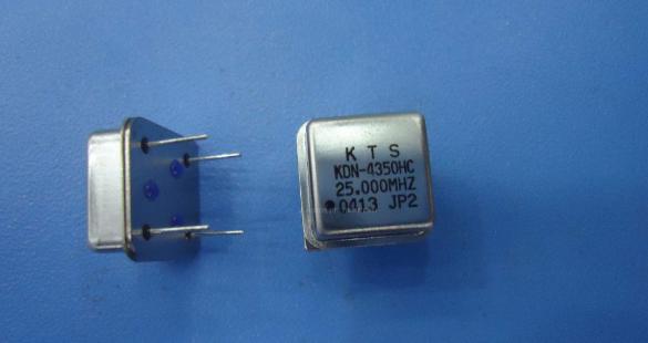 石英晶体振荡器的构成及作用