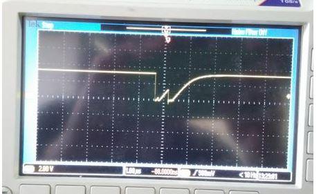 网友求助:数据总线波形异常原因在哪?