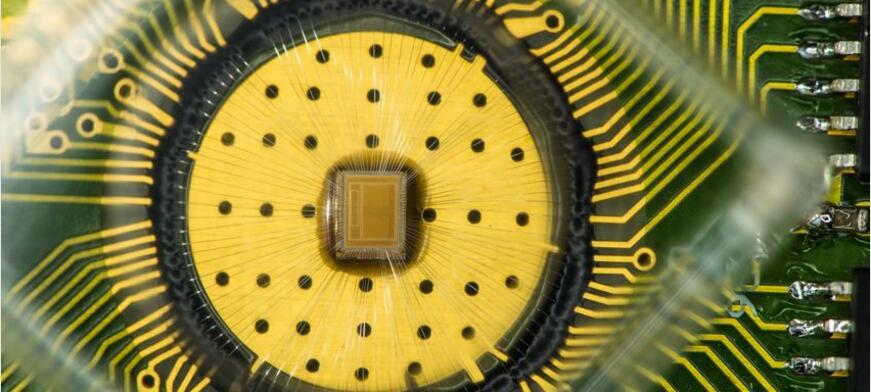 有机忆阻器,离颠覆存储器市场还有多远?