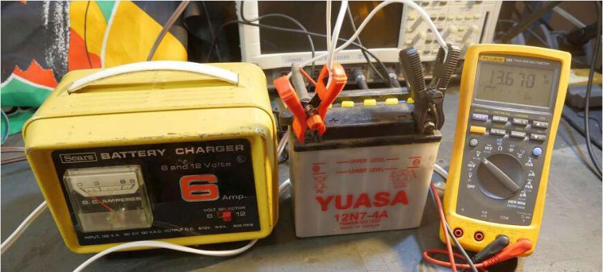 一个50年前的6安培电池充电器的重生