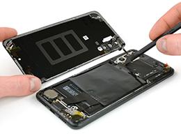 拆解华为P20 Pro:后置三摄都有硬件级光学防抖