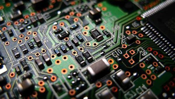 详解陶瓷电容器直流的漏电流标准值