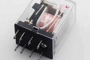 老电工分享干货:中间继电器详解、使用及注意事项