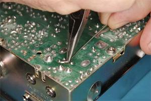 实用技巧:教你快速修复PCB电路板走线