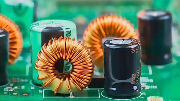 共模电感是如何抑制干扰噪声?