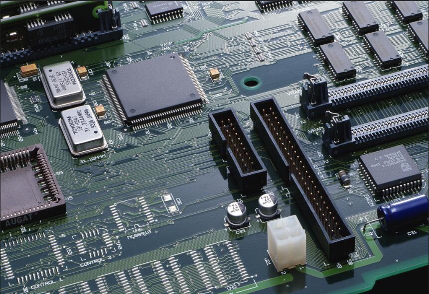 印制线路板元器件如何放置?看完这篇文章恍然大悟