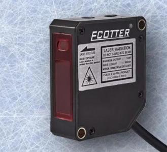 选择激光位移传感器时需要注意事项