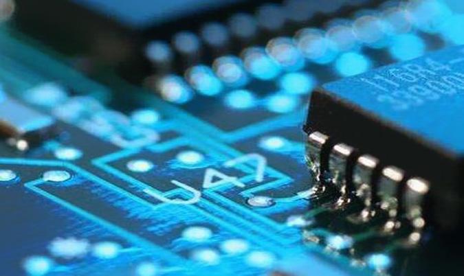 7纳米产能几近满载!台积电7月营收年增14%,Q3动能强劲