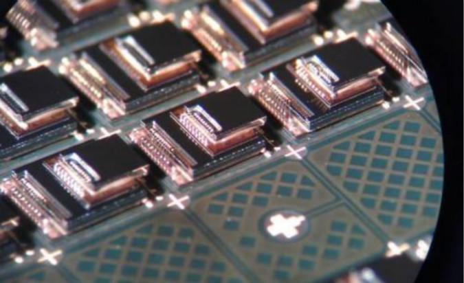 2025年高端惯性传�感器500万彩票规模将达到38亿美元