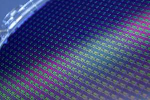 国内晶圆代工厂商新产能开出 恐推升硅晶圆价格涨幅