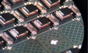 2025年高端惯性传感器市场规模将达到38亿美元