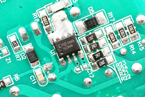 康源半导体推出新型18W高度集成QC/PD电源方案