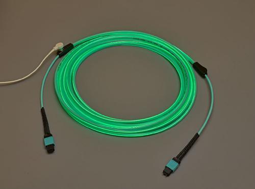 Molex推出LumaLink追踪光缆组件