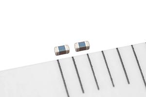 TDK推出具有高ESD鲁棒性车载以太网用贴片压敏电阻