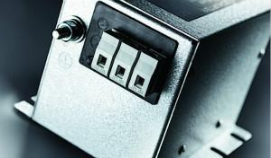 SCHURTER推出适�用于三相系统的FMBC EP双级滤波器系列